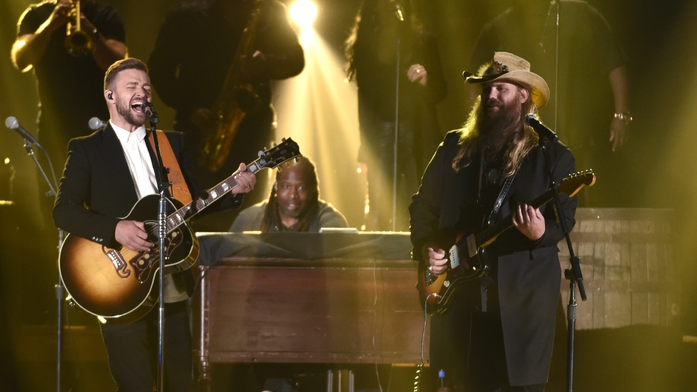 Justin timberlake and chris stapleton stole the show at for Tennessee whiskey justin timberlake