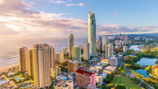 Time-Lapse Captures the Breathtaking Beauty of Australia's Gold Coast