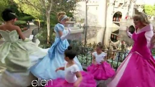 Sophia Grace & Rosie Go to Disneyland
