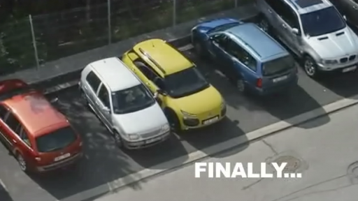 Driver's Attempt to Park Her Car Is Just Painful to Watch...
