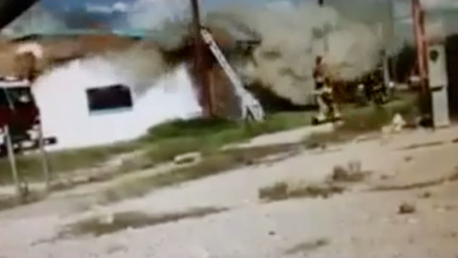 Flashover Creates Dangerous Situation for Firefighters