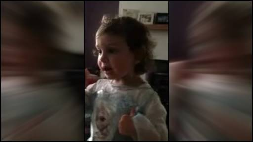 Mom's Interruption Turns Musical Little Girl into Diva