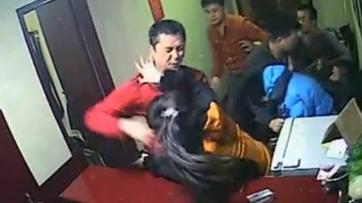 Insane Co-Ed Fight Breaks Out in Hotel Lobby