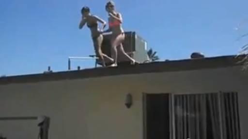 Girl Jumps From Roof, Breaks Feet, Mom Asks for Money