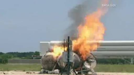 First NASA Morpheus Rocket Freeflight Crash and Burns