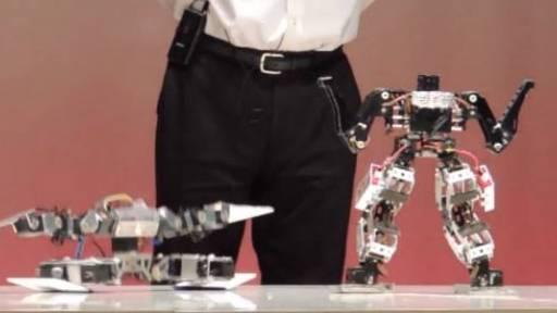 Robot Wars: Spatula Hands vs. Black Arms