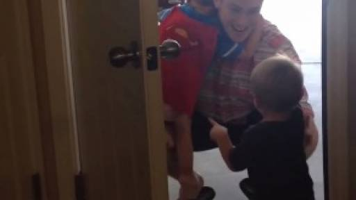 Army Dad Surprises Kids With a Labor Day Return
