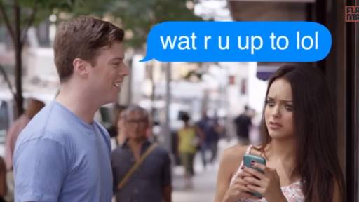 Texting Etiquette for Guys Looking to Pick Up Ladies