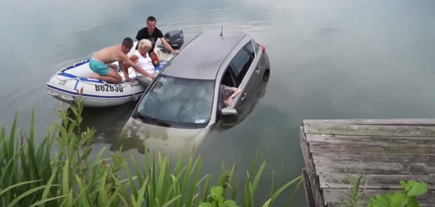 how to get out of a sinking car video