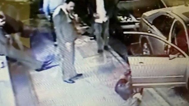 Woman Knocked Out Cold Bar Owner Knocks Out Woman