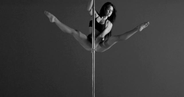 Dance and strip skinny teen hd