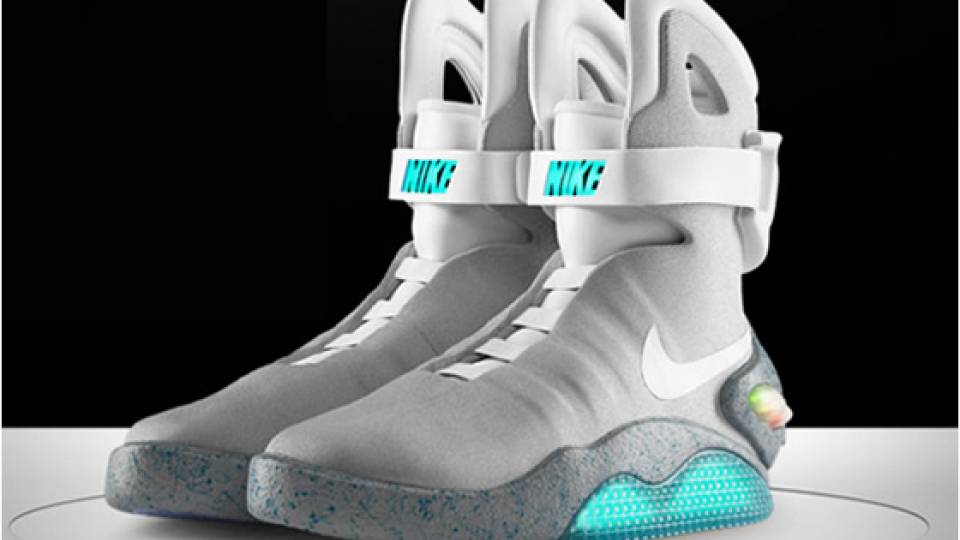 Watch Michael J. Fox Put on a REAL Self Lacing Nike MAG
