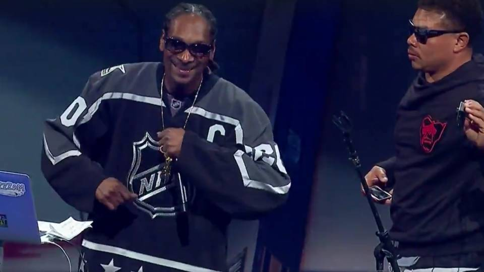 Snoop Dogg Plays Song With Explicit Lyrics At NHL