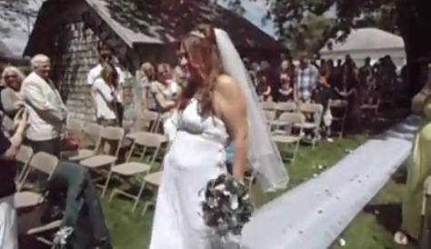 Explicit Just A Crazy B Tch Dancing Down The Aisle To Get Married Rtm Rightthisminute
