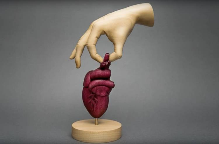 Artist Creates Wooden Sculpture Of Human Heart Rtm Rightthisminute