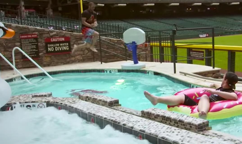 Arizona diamondbacks score perfect 10 with epic pool dunk for Epic pool show
