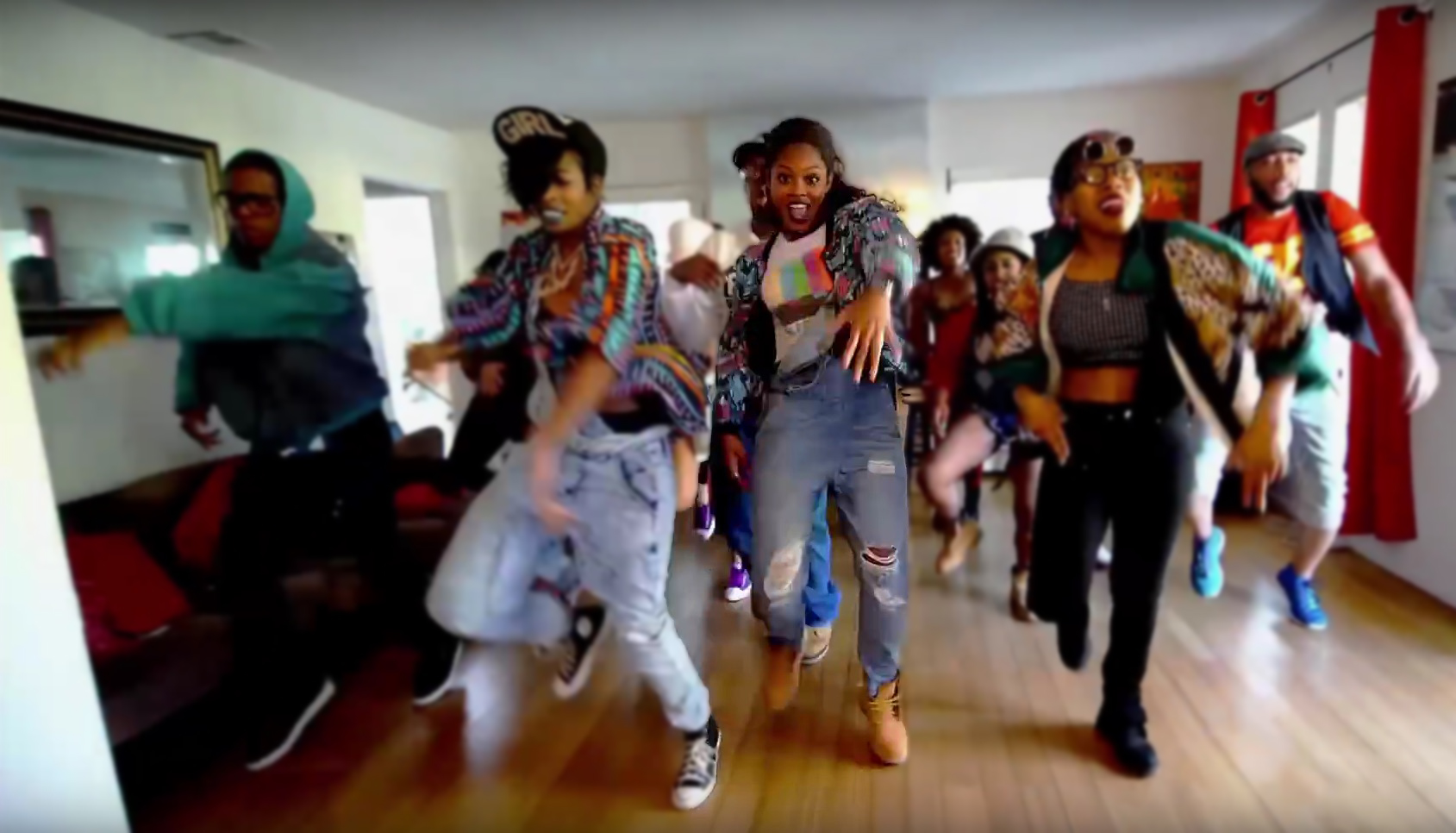 Choreographer gifts herself epic 90 39 s house party dance for Classic house tunes 90s