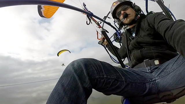 Distracted Pilot Flies Paramotor Into Lake | RTM