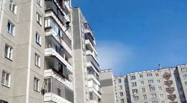 Man Survives Eight Story Fall Rtm Rightthisminute