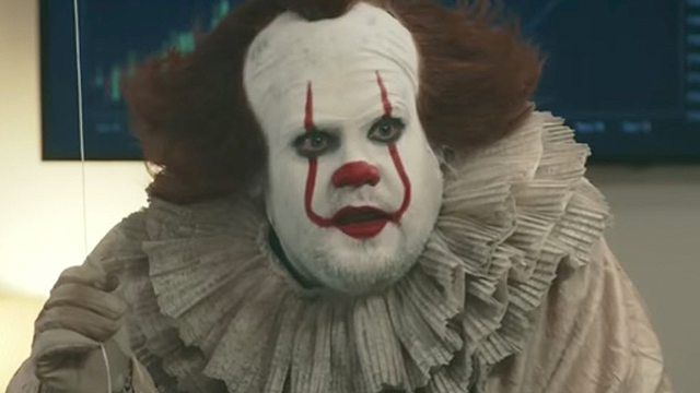 Pennywise the clown scary