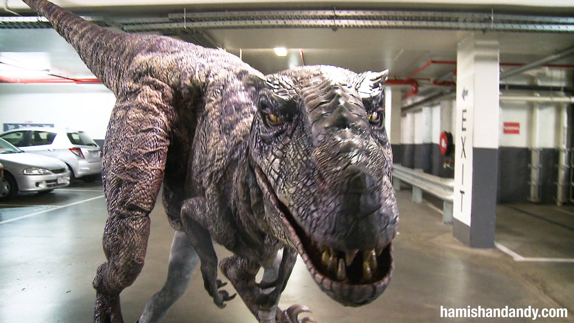 & Dinosaur Terrorizes Drivers in Parking Garage | RTM - RightThisMinute