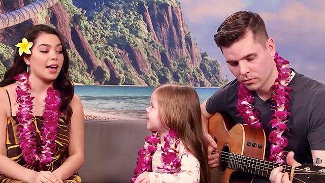 cute daughter dad duo sing with 39 moana 39 star auli 39 i