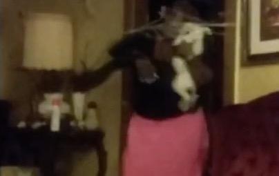 prankster son pulls clothes line trick on mom rtm rightthisminute. Black Bedroom Furniture Sets. Home Design Ideas