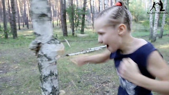 Amazing Little Girl Rips Open A Tree With Her Bare Hands