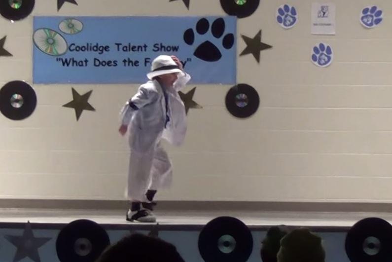 Kid Does Michael Jackson Dance At Talent Show