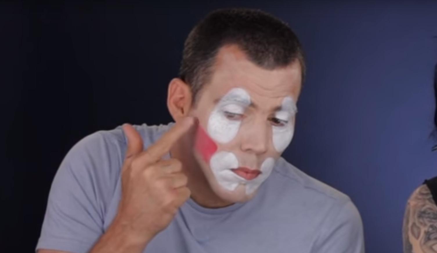 Steve O Gives Clown Makeup Tutorial Rtm Rightthisminute