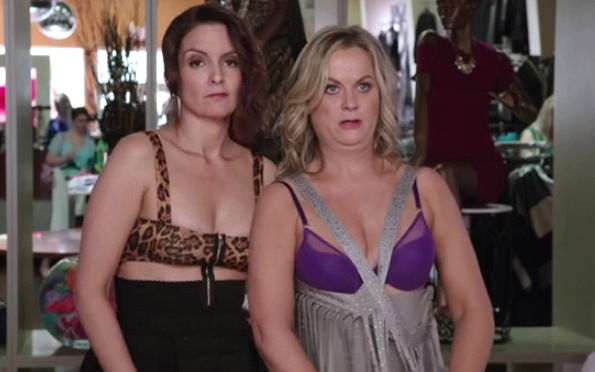 Tiny Fey Amy Poehler Star In Sister Party Comedy Rtm