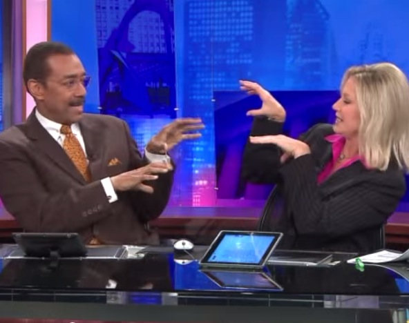 News anchors create amazing handshake at commercial rtm news anchors create amazing handshake at commercial rtm rightthisminute aloadofball Image collections