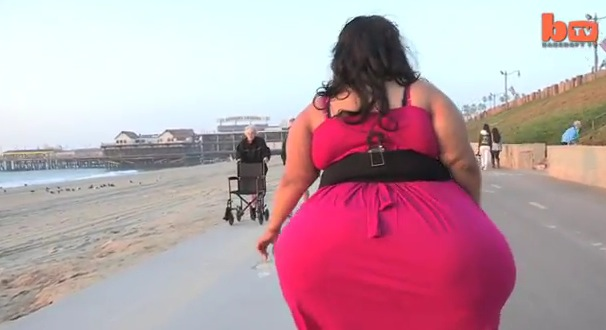 Woman With World's Biggest Hips Proud to Flaunt Curves ...
